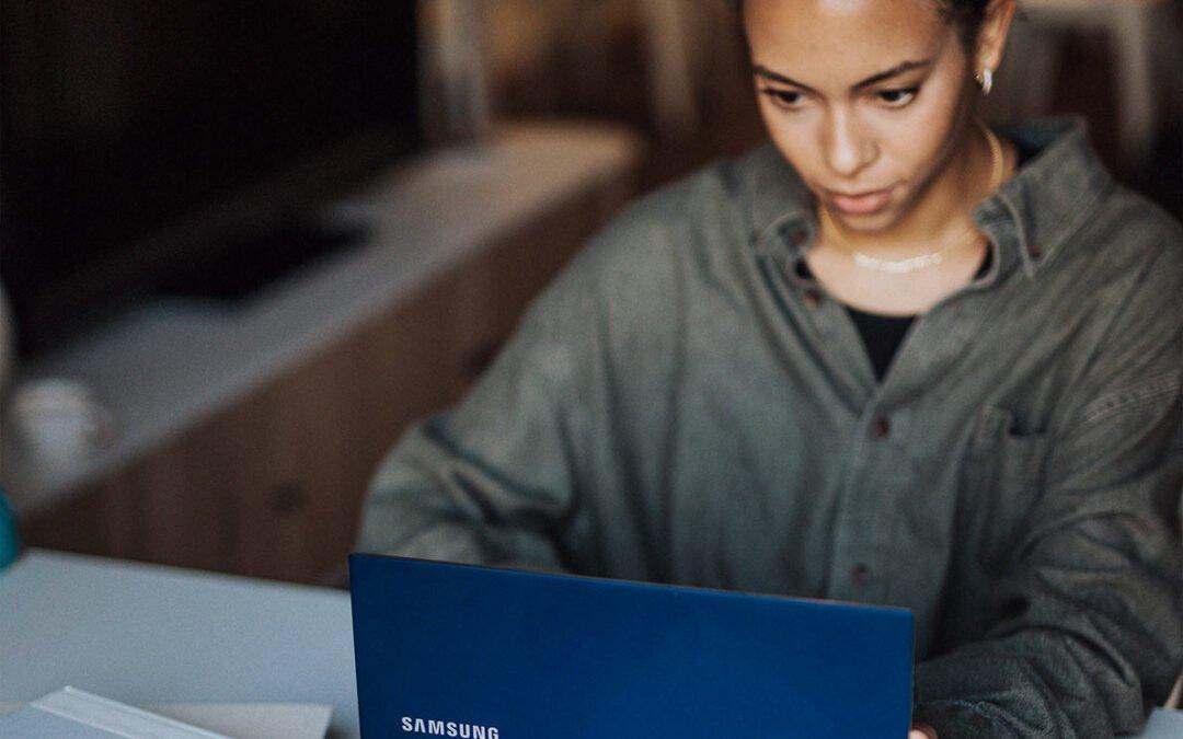 Girl on Samsung Laptop